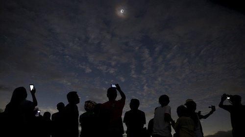 The Spectacular December Solar Eclipse in Siak