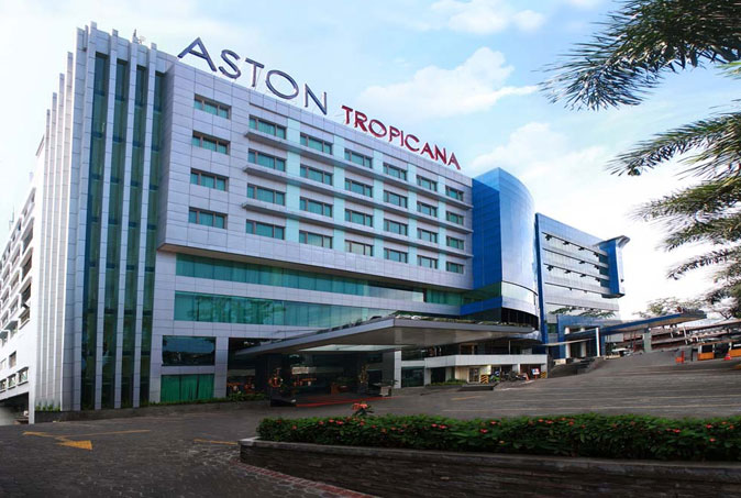 Aston Tropicana Hotel & Plaza